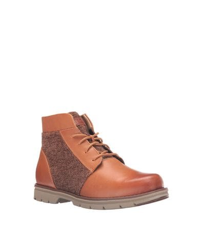 Caterpillar Women's Alessia Chukka Boots in Caramel