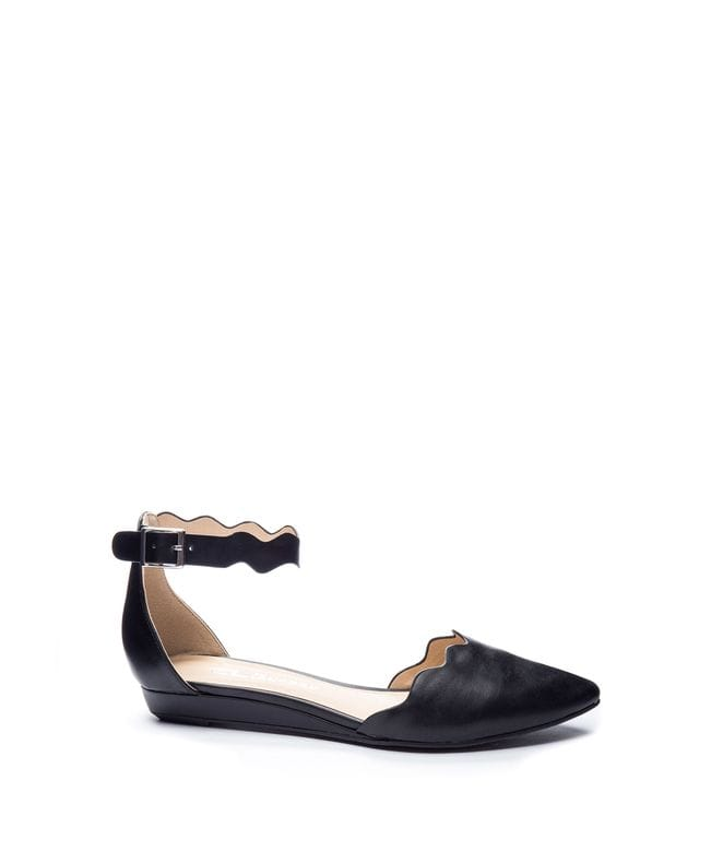 Chinese Laundry Studio Women's Scalloped Pointed Flats in Black Leather