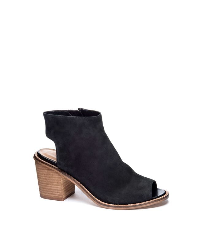 Chinese Laundry Women's Calvin Leather Ankle Bootie in Black