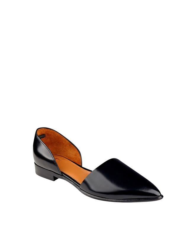 Marc Fisher Amelie Women's Piece Pointed Toe Flat in Black