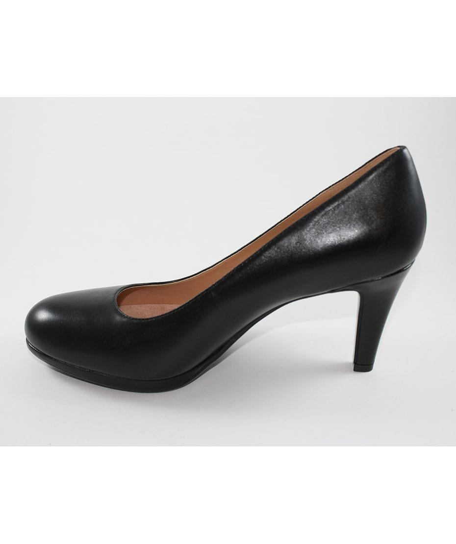 14327dbac68 Naturalizer Women s Michelle Dress Pump in Black