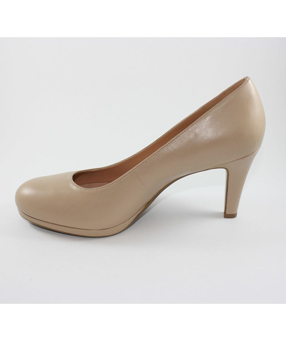 Womens Manning Shoes specialise in women's fashion footwear and cater for the footwear needs of the whole family; womens, mens and childrens shoes. We sell footwear both in store and online.