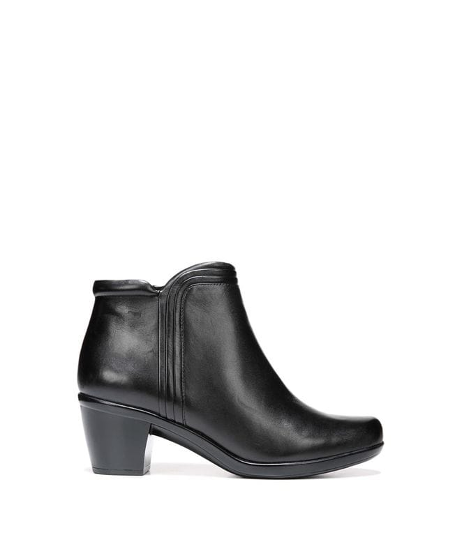 Naturalizer Women's Elizabeth Boot in Black