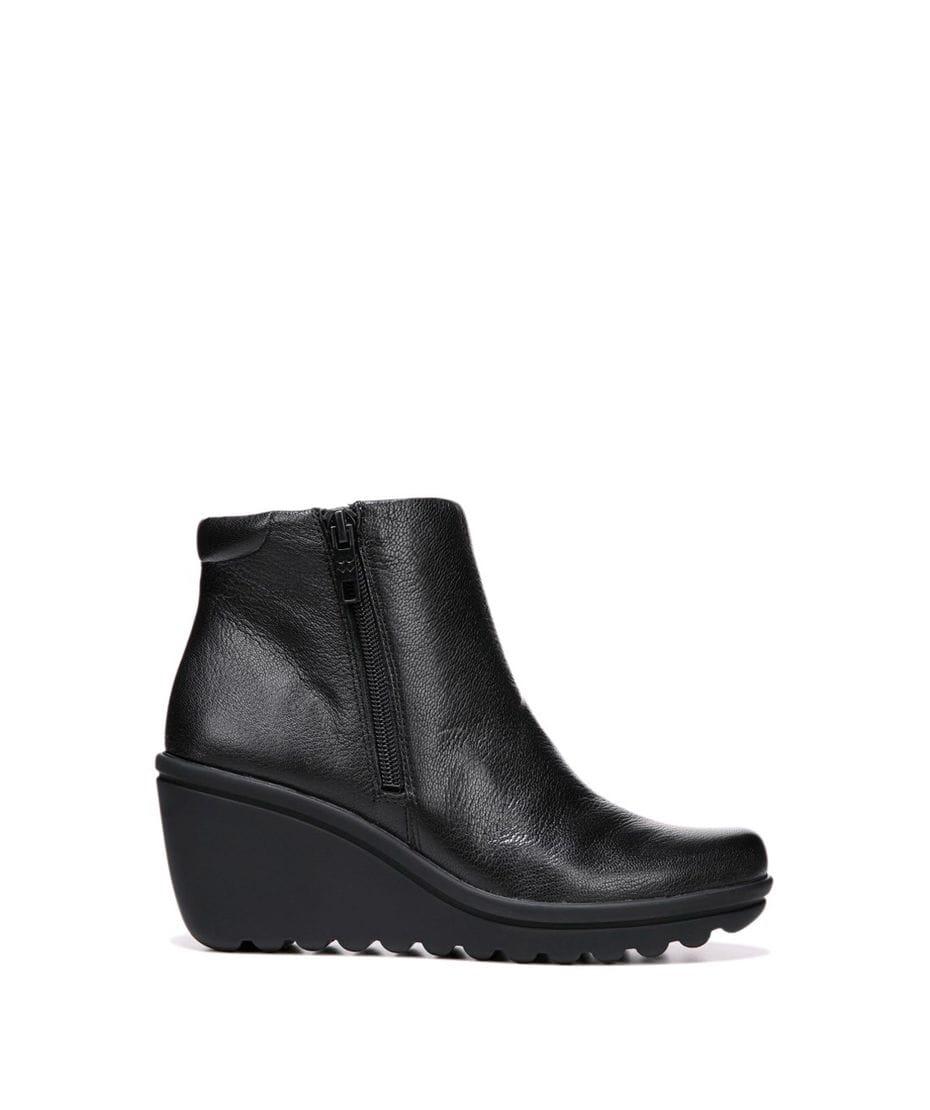 e77262ef48b Naturalizer Women s Quineta Leather Boot in Black