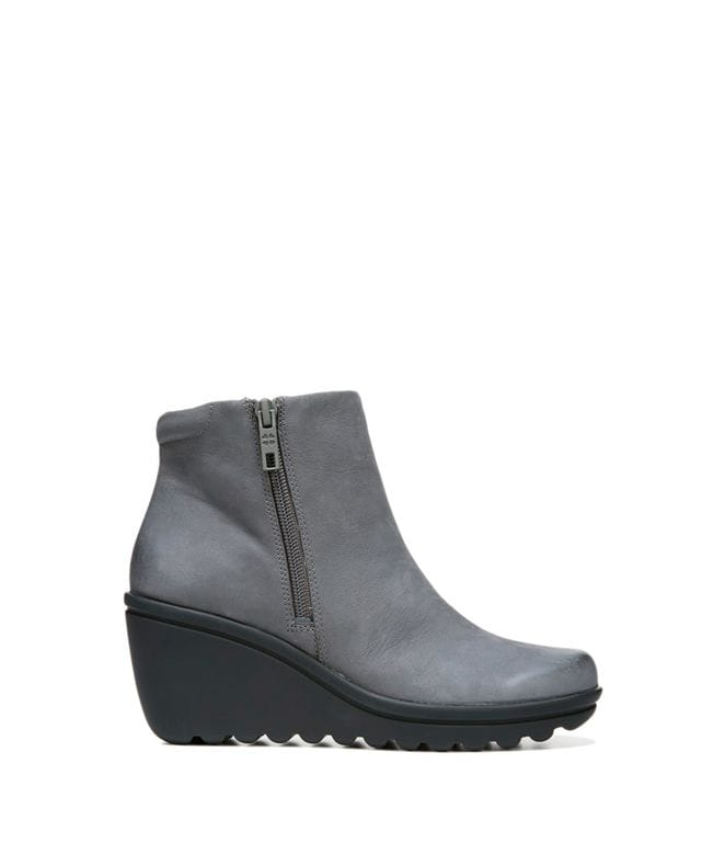 Naturalizer Women's Quineta Leather Boot in Grey