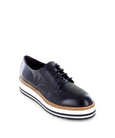 Summit White Mountain Women's Belinda Italian Oxford in Black